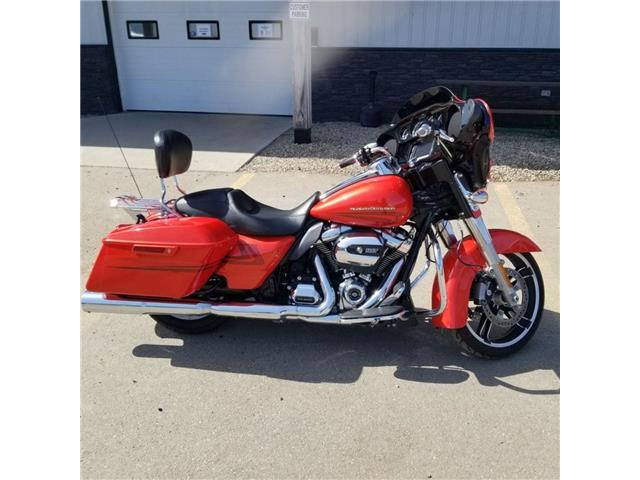 2017 Harley-Davidson FLHXS - Street Glide® Special  (Stk: 2017-FLHXS-9556) in Yorkton - Image 1 of 11