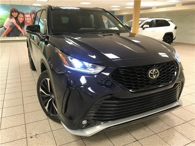 2021 Toyota Highlander XSE (Stk: 210399) in Calgary - Image 1 of 24