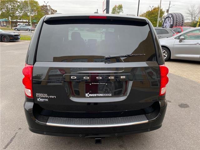 2020 Dodge Grand Caravan Premium Plus (Stk: 20T126) in Kingston - Image 1 of 27