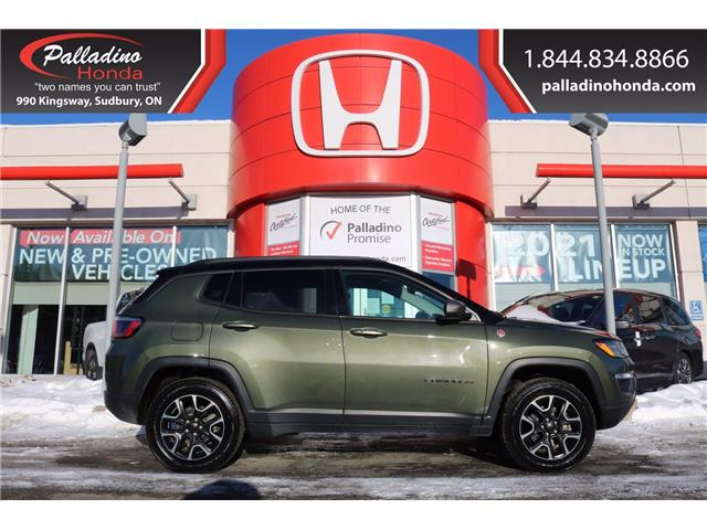2019 Jeep Compass Trailhawk (Stk: U9819B) in Greater Sudbury - Image 1 of 32