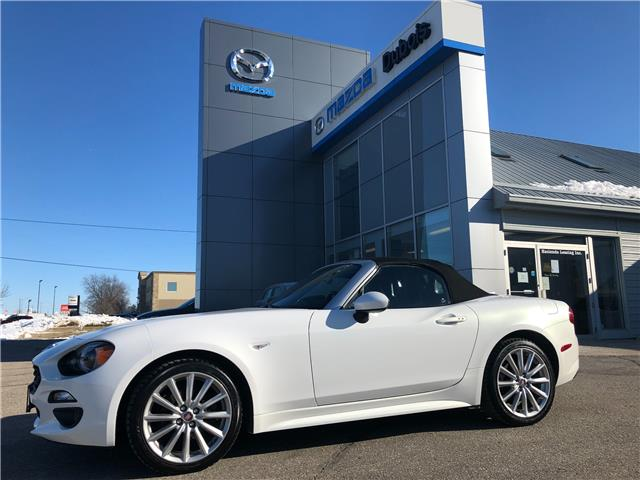 2017 Fiat 124 Spider Lusso (Stk: UC5894) in Woodstock - Image 1 of 21