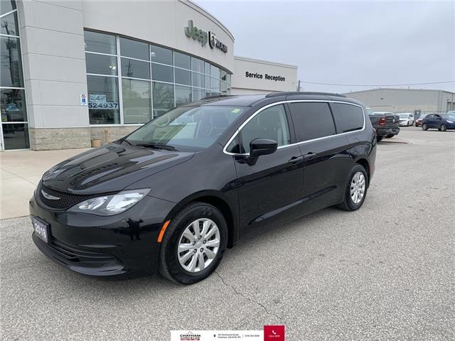 2018 Chrysler Pacifica L (Stk: N04927A) in Chatham - Image 1 of 25
