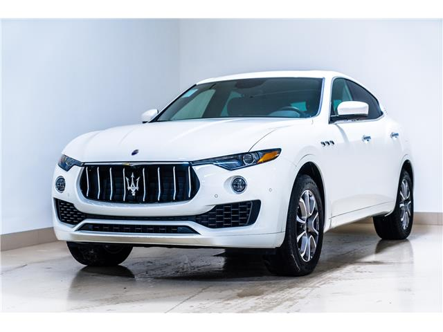 2019 Maserati Levante Base (Stk: 942MC) in Calgary - Image 1 of 17