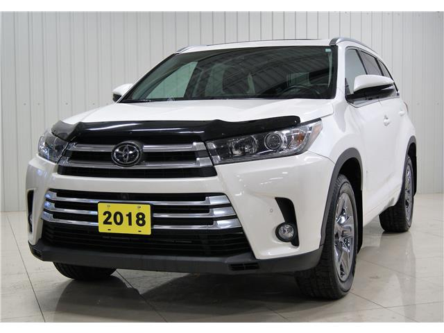 2018 Toyota Highlander Limited (Stk: H20056A) in Sault Ste. Marie - Image 1 of 18