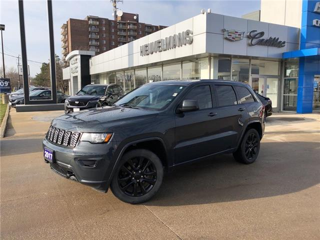 2017 Jeep Grand Cherokee Laredo (Stk: L009AA) in Chatham - Image 1 of 18