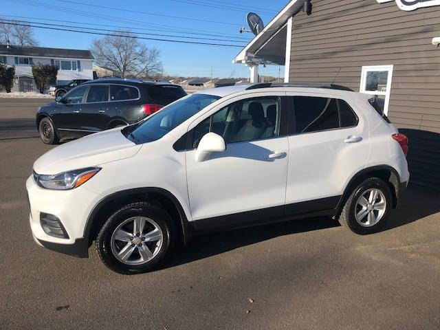 2017 Chevrolet Trax LT (Stk: ) in Sussex - Image 1 of 25