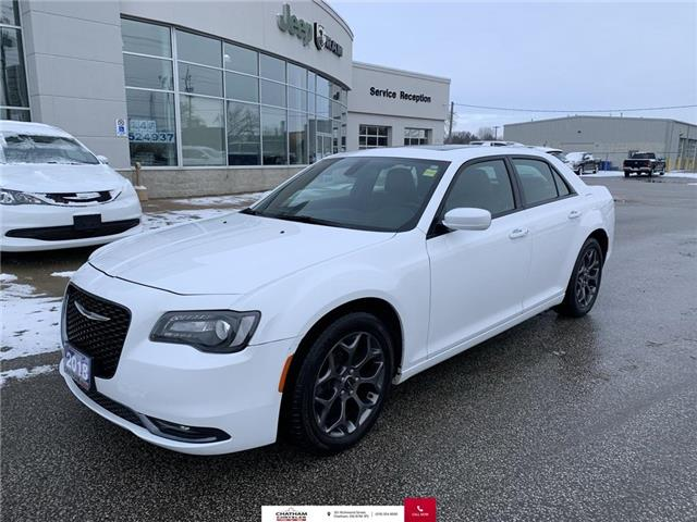 2018 Chrysler 300 S (Stk: N03618A) in Chatham - Image 1 of 27