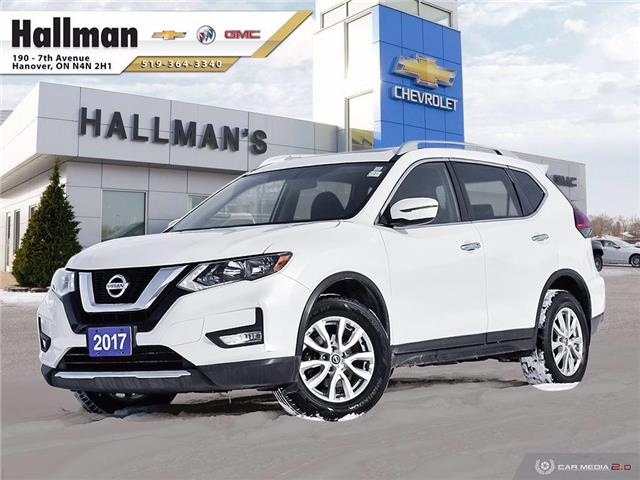 2017 Nissan Rogue SV (Stk: 21206A) in Hanover - Image 1 of 27