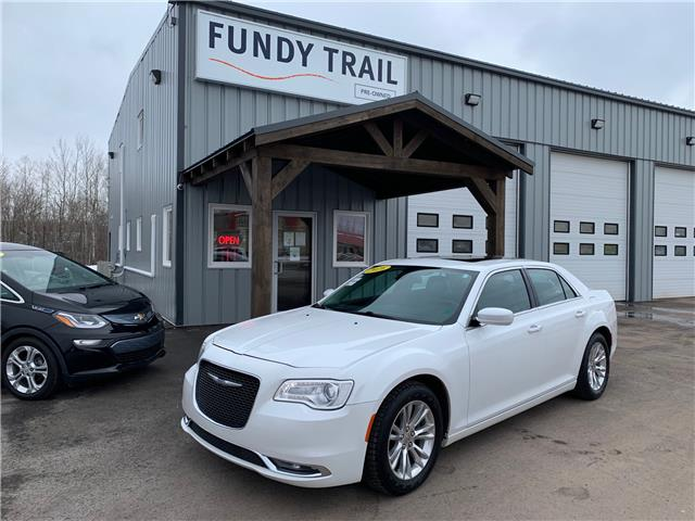 2016 Chrysler 300 Touring (Stk: 21083b) in Sussex - Image 1 of 12