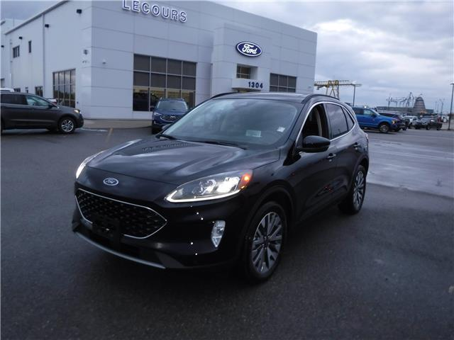 2020 Ford Escape Titanium Hybrid (Stk: 20-584) in Kapuskasing - Image 1 of 12