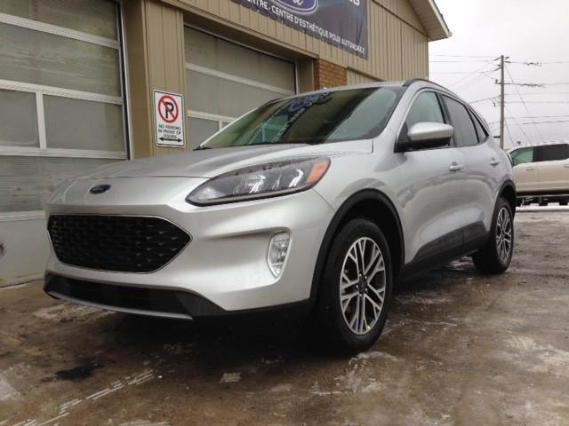 2020 Ford Escape SEL (Stk: 20-522) in Kapuskasing - Image 1 of 14