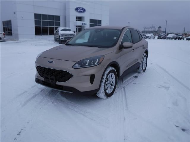 2020 Ford Escape SE (Stk: 20-651) in Kapuskasing - Image 1 of 10