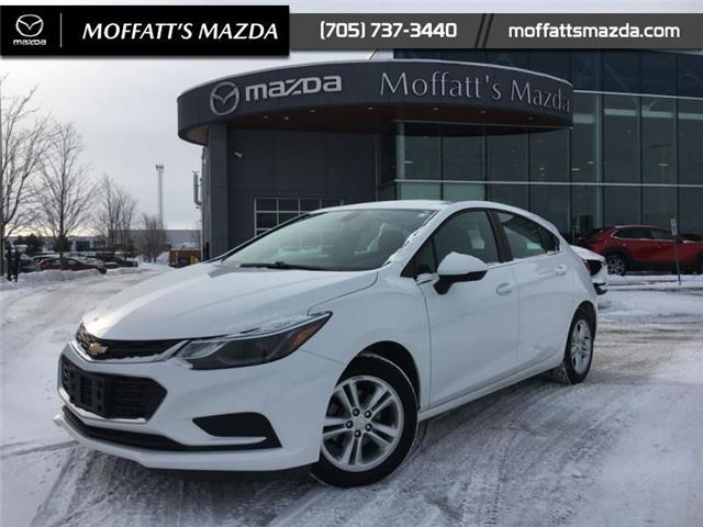 2017 Chevrolet Cruze Hatch LT Auto (Stk: P8822A) in Barrie - Image 1 of 19