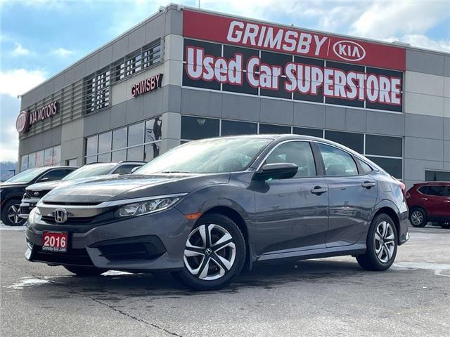 2016 Honda Civic Sedan LX, auto, 1 owner, back up camera, sedan (Stk: N4103A) in Grimsby - Image 1 of 18