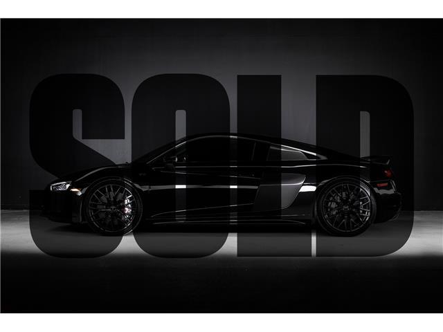 2017 Audi R8 5.2 V10 plus (Stk: ES0008) in Woodbridge - Image 1 of 19