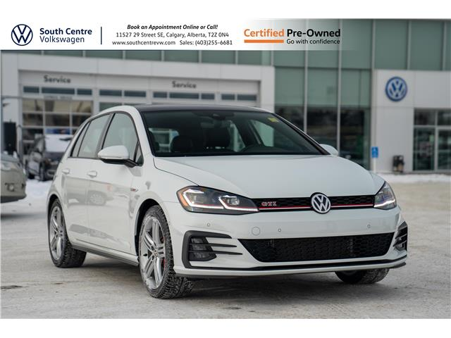 2019 Volkswagen Golf GTI 5-Door Autobahn (Stk: U6682) in Calgary - Image 1 of 49