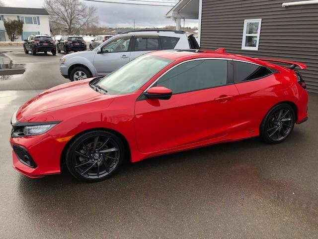 2018 Honda Civic Si (Stk: ) in Sussex - Image 1 of 26