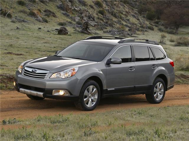 2010 Subaru Outback 2.5 i Sport (Stk: 30113B) in Thunder Bay - Image 1 of 6