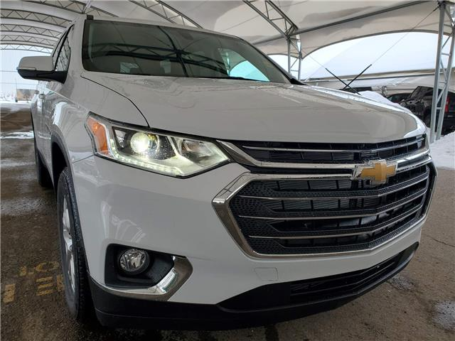 2021 Chevrolet Traverse LT Cloth (Stk: 189178) in AIRDRIE - Image 1 of 31