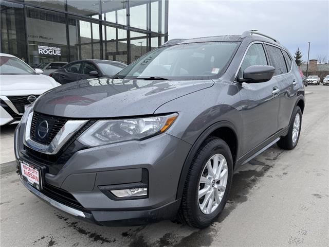 2017 Nissan Rogue SV (Stk: T20188A) in Kamloops - Image 1 of 26