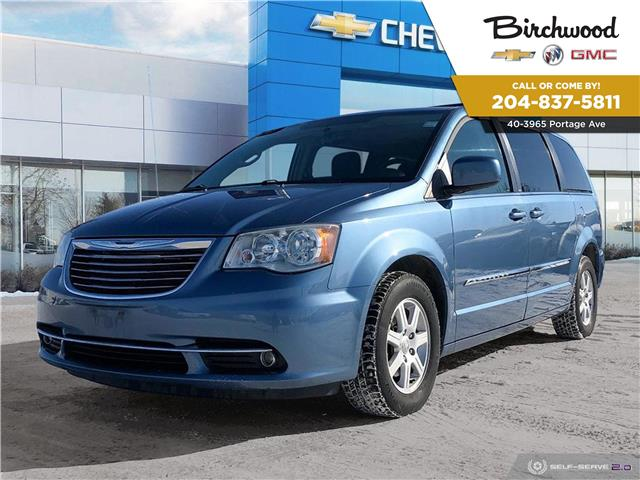 2011 Chrysler Town & Country Touring (Stk: F3UER9) in Winnipeg - Image 1 of 5