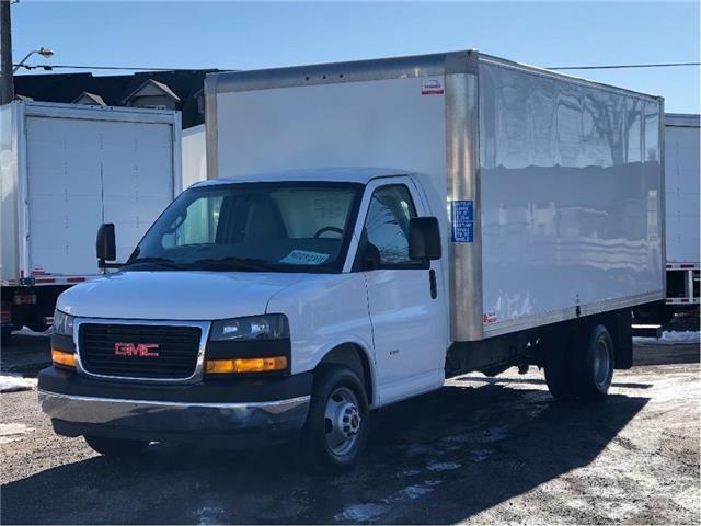 2019 GMC Savana Used 2019 GMC Savana 3500 Cube-Van 16' Body (Stk: STN009231T) in Toronto - Image 1 of 16