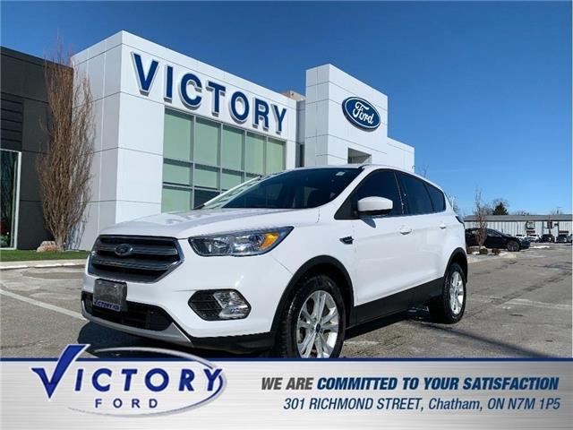 2017 Ford Escape SE (Stk: V0559LB) in Chatham - Image 1 of 24