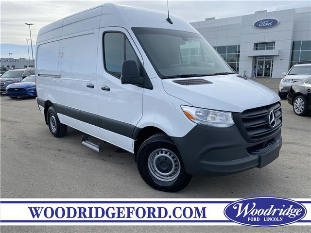 2020 Mercedes-Benz Sprinter 2500 Standard Roof V6 (Stk: 17787) in Calgary - Image 1 of 18