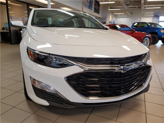 2021 Chevrolet Malibu RS (Stk: 187054) in AIRDRIE - Image 1 of 26