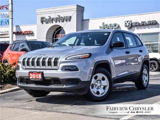 2018 Jeep Cherokee Sport (Stk: U18401) in Burlington - Image 1 of 30