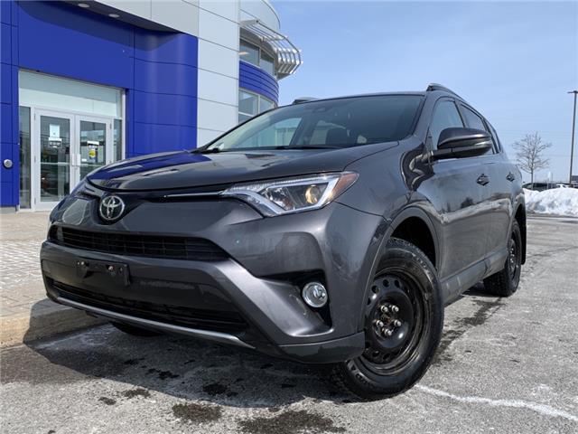2017 Toyota RAV4 XLE (Stk: A0553) in Ottawa - Image 1 of 13