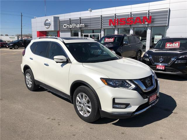 2018 Nissan Rogue  (Stk: 1N493A) in Chatham - Image 1 of 21