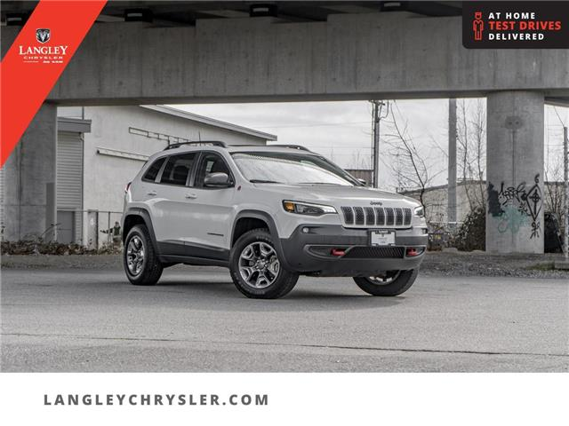 2019 Jeep Cherokee Trailhawk (Stk: M533404A) in Surrey - Image 1 of 22