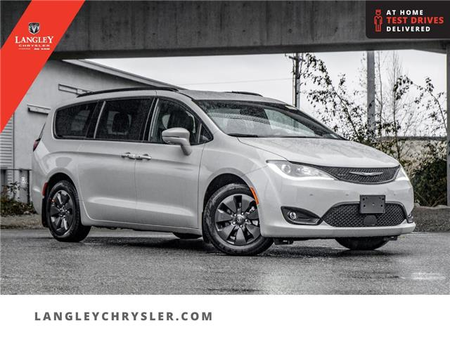 2020 Chrysler Pacifica Hybrid Limited (Stk: L289808) in Surrey - Image 1 of 24