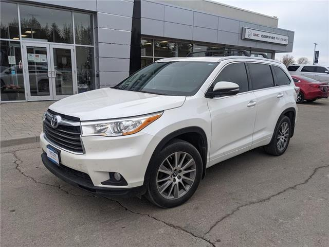 2016 Toyota Highlander XLE AWD, 8-PASS, NAV, ROOF, DVD, 1-OWNER, CLEAN! (Stk: 21356A) in Orangeville - Image 1 of 23