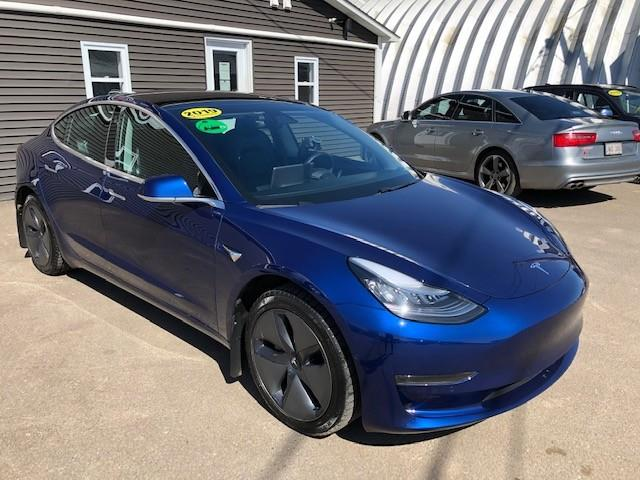 2019 Tesla Model 3 Standard Range (Stk: ) in Sussex - Image 1 of 21