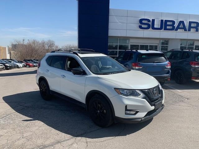 2018 Nissan Rogue SV (Stk: S21032A) in Newmarket - Image 1 of 14