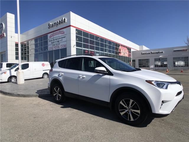 2018 Toyota RAV4 XLE (Stk: 9366A) in Calgary - Image 1 of 26