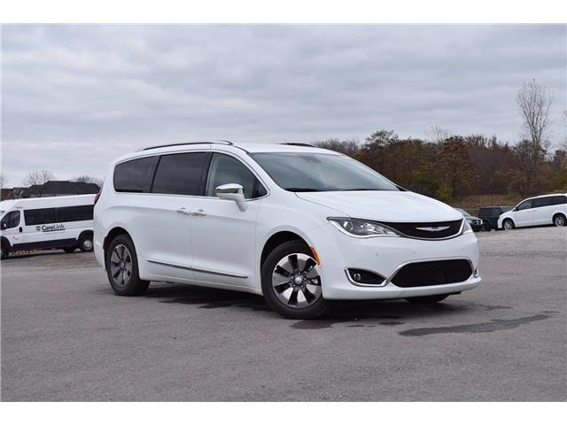 2020 Chrysler Pacifica Hybrid Limited (Stk: 20886) in London - Image 1 of 20