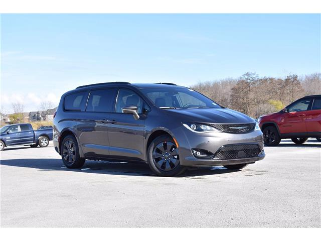 2020 Chrysler Pacifica Hybrid Limited (Stk: 20907) in London - Image 1 of 23