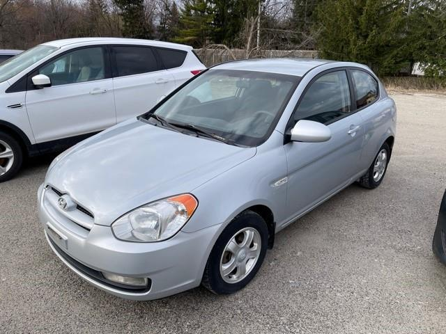 2007 Hyundai Accent SR (Stk: 011282) in Milton - Image 1 of 1