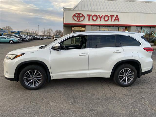 2017 Toyota Highlander  (Stk: 2008301) in Cambridge - Image 1 of 18