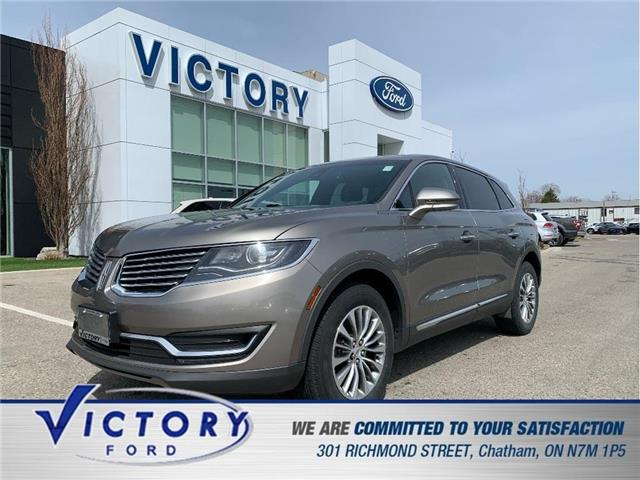 2016 Lincoln MKX Select (Stk: V19198B) in Chatham - Image 1 of 30