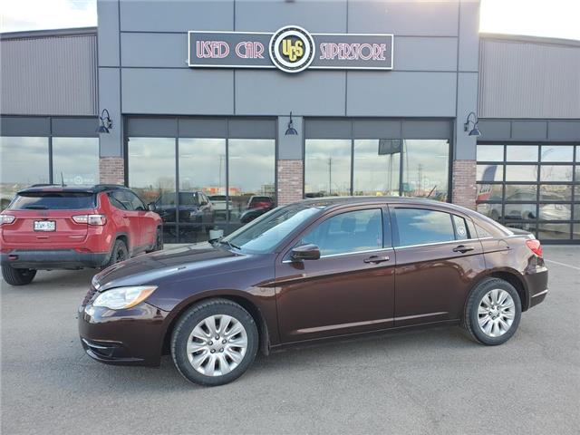 2013 Chrysler 200 LX (Stk: UC4021'A') in Thunder Bay - Image 1 of 10