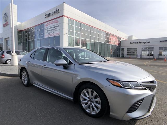 2019 Toyota Camry SE (Stk: 9385A) in Calgary - Image 1 of 22