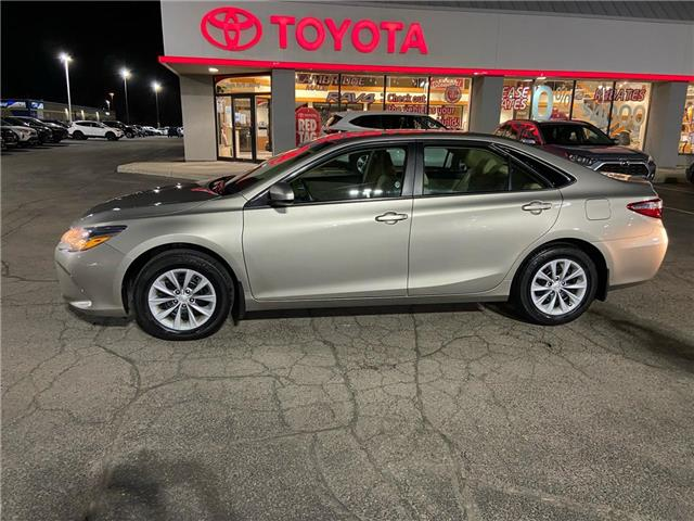 2017 Toyota Camry  (Stk: 2102491) in Cambridge - Image 1 of 15
