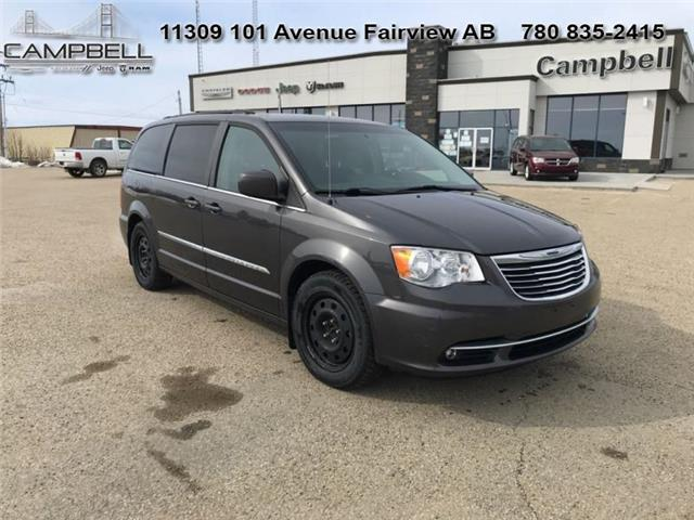 2016 Chrysler Town & Country Touring (Stk: 10628B) in Fairview - Image 1 of 7