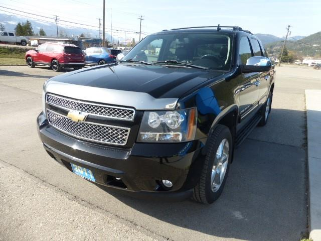 2011 Chevrolet Avalanche 1500 LT (Stk: 00155M) in Creston - Image 1 of 15