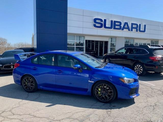 2018 Subaru WRX STI Sport-tech w/Wing (Stk: P983) in Newmarket - Image 1 of 11