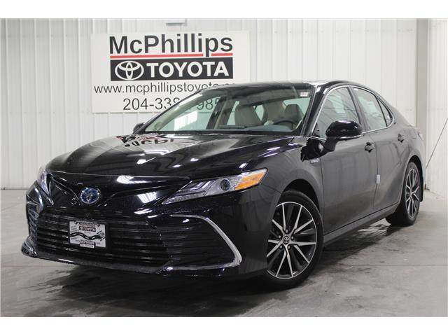2021 Toyota Camry Hybrid XLE (Stk: U015572) in Winnipeg - Image 1 of 21